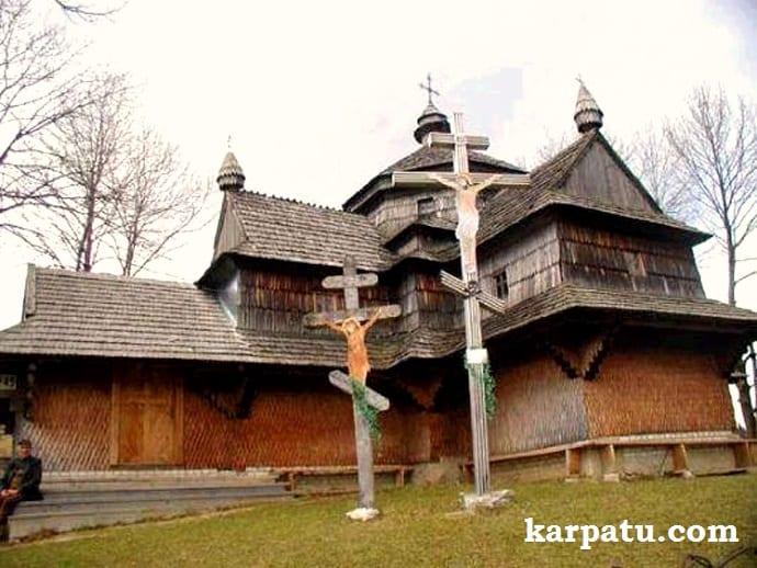 Где побывать на отдыхе в Карпатах весной и осенью